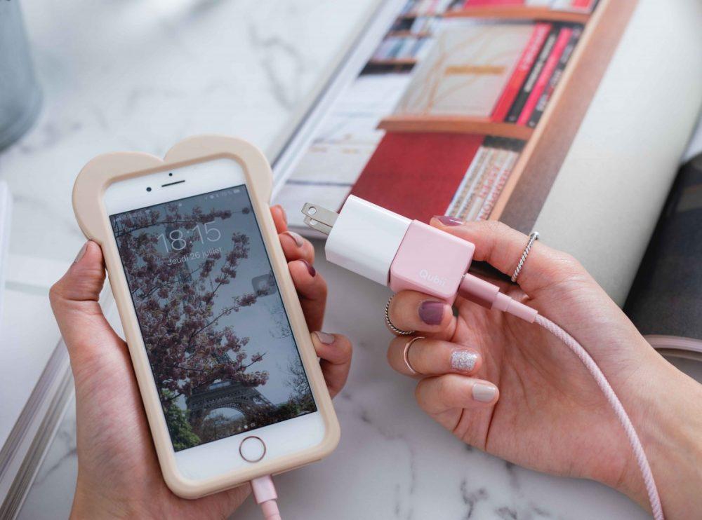 情人節別再送一些沒用雷貨了!這個實用又可愛的「iPhone備份豆腐」,完全是來拯救廢物女友!